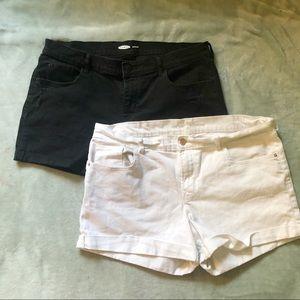 OLD NAVY Pair of Boyfriend Shorts 16 Black White